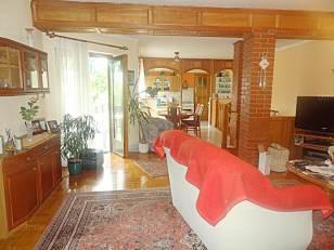 Budapest ház eladó, 6+2 szobás