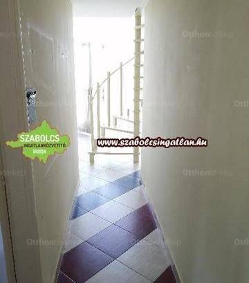 Eladó családi ház Nyíregyháza, 2 szobás