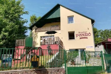 Eladó családi ház Balatonalmádi, 10+4 szobás