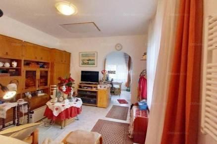Eladó 1+1 szobás családi ház Vác