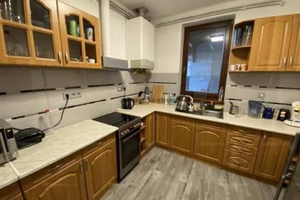 Eladó 4 szobás családi ház Rákoscsabán, Budapest