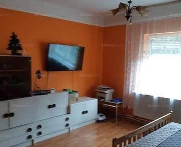Eladó, Kisvárda, 2 szobás