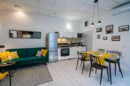 Eladó 1 szobás lakás Siófok