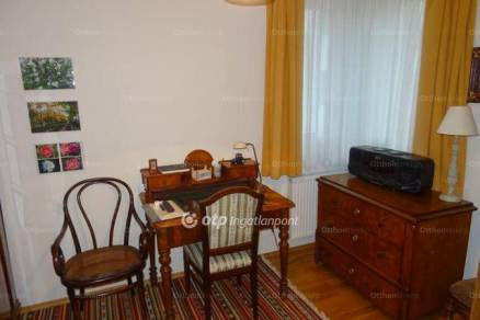 Lakás eladó Szántód, 90 négyzetméteres