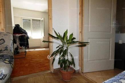 Eladó házrész Vecsés, 2 szobás