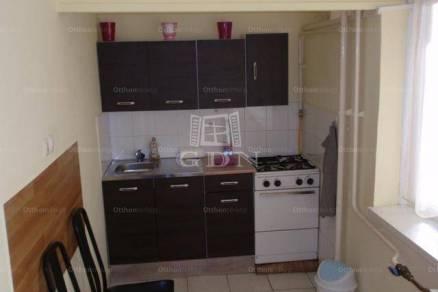 Eladó lakás, Kecskemét, 1 szobás