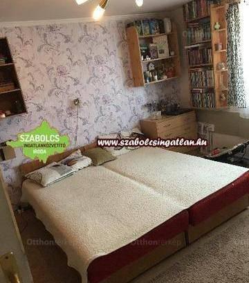 Nyíregyházai eladó családi ház, 4+1 szobás, 117 négyzetméteres