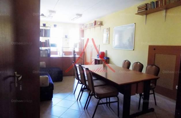 Eladó, Siófok, 8 szobás