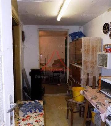 Eladó nyaraló Kaposvár, 2 szobás