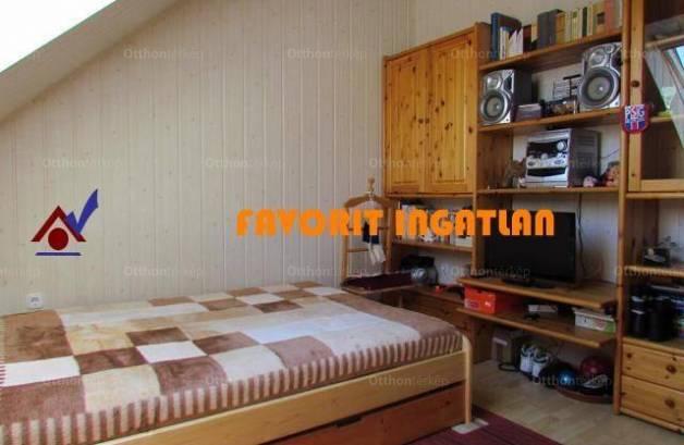 Eladó lakás, Nyíregyháza, 2+1 szobás