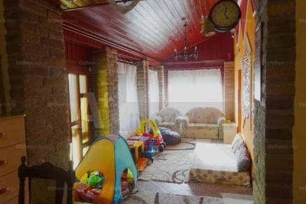 Forráskúti eladó családi ház, 3 szobás, 131 négyzetméteres