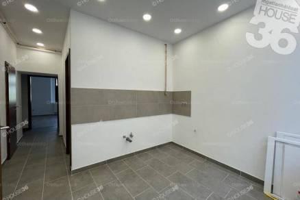 Kecskemét 2 szobás lakás eladó a Kéttemplom közben