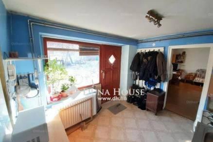 Családi ház eladó Tatabánya, a Pósa Lajos utcában, 60 négyzetméteres