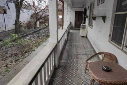 Mohácsi eladó családi ház, 5 szobás, 133 négyzetméteres