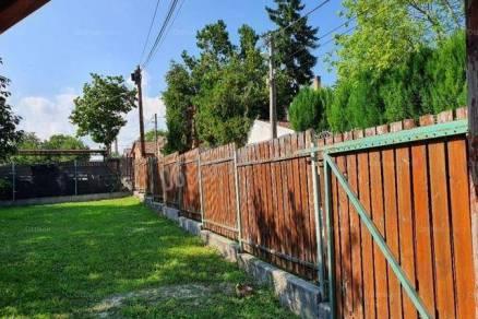 Eladó nyaraló, Budapest, Nagytétényen, 1125 négyzetméteres