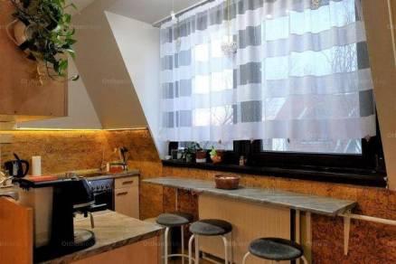 Debreceni lakás eladó, 61 négyzetméteres