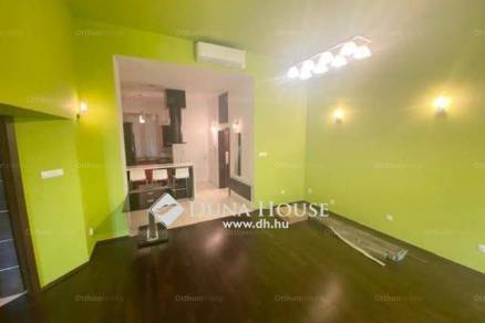 Székesfehérvári eladó lakás, 2+2 szobás