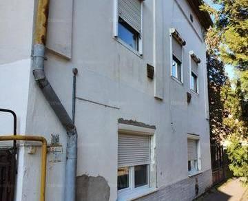 Szegedi eladó házrész, 2 szobás, 70 négyzetméteres
