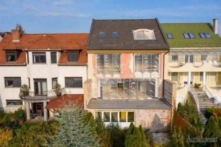 Eladó 6 szobás családi ház Eger, új építésű