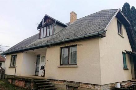 Csehi családi ház eladó, 5 szobás