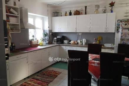 Tófalu 4 szobás családi ház eladó