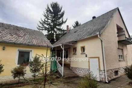 Harkány családi ház eladó, 6+1 szobás