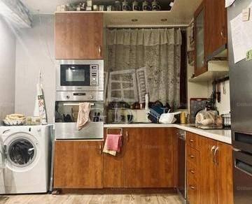 Budapesti eladó családi ház, 4+2 szobás, 119 négyzetméteres