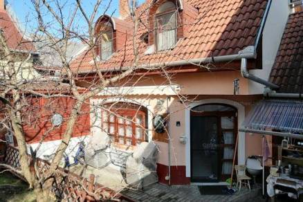 Eger sorház eladó, 4 szobás