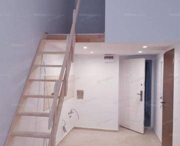 Budapesti lakás eladó, 30 négyzetméteres, 2+2 szobás