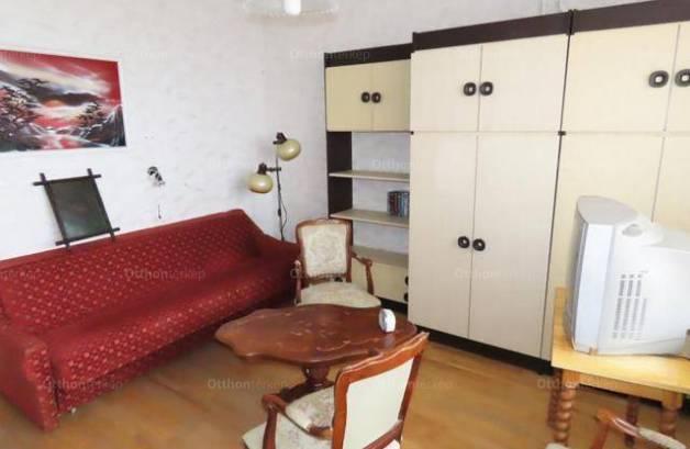 Eladó lakás, Zalaegerszeg, 2 szobás