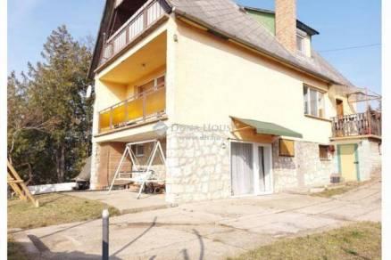 Eladó családi ház, Lábatlan, 5 szobás