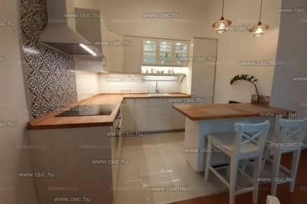 Budapesti lakás eladó, 76 négyzetméteres, 3 szobás