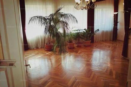 Kiadó 2+1 szobás lakás Győr