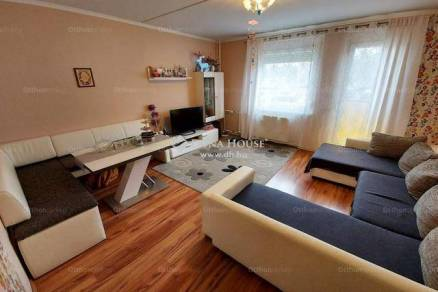 Eladó lakás Veszprém, 4 szobás