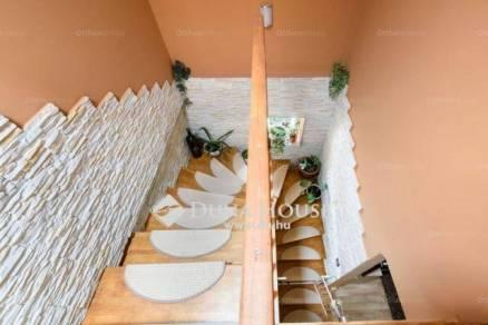Budapest 6+2 szobás családi ház eladó