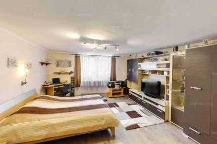 Eladó 2 szobás házrész Kiskunfélegyháza
