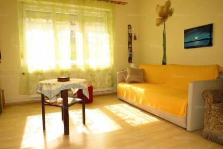 Eladó 3 szobás családi ház Sopron