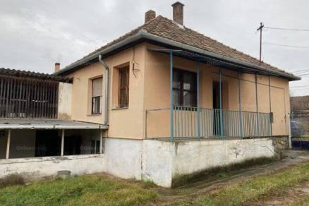 Egyházaskozár eladó családi ház