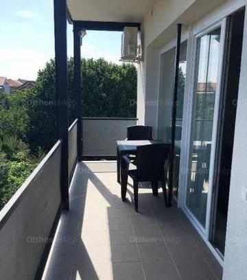 Új Építésű kiadó lakás Pécs, 2 szobás