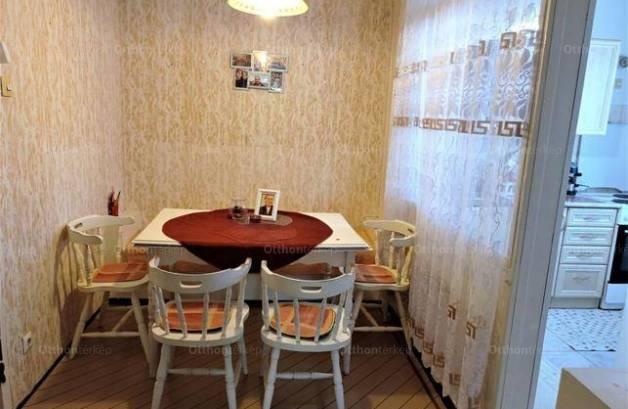 Debreceni kiadó lakás, 2 szobás, 54 négyzetméteres