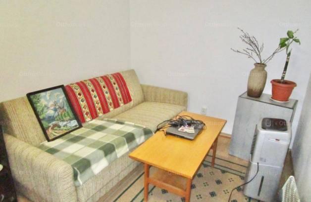 Eladó házrész Balatonfüred, 2 szobás
