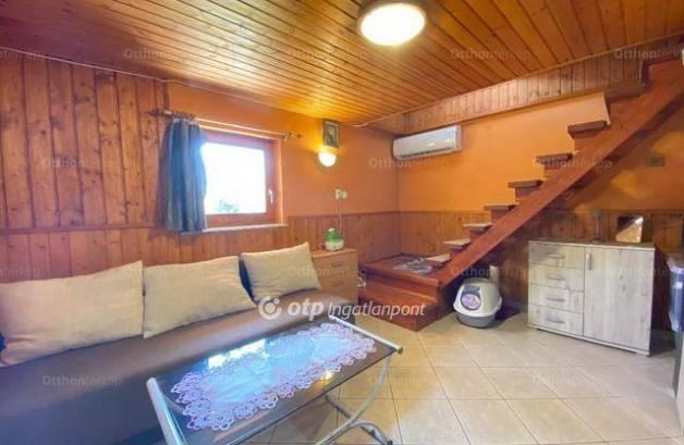 Eladó nyaraló, Gyód, 2 szobás