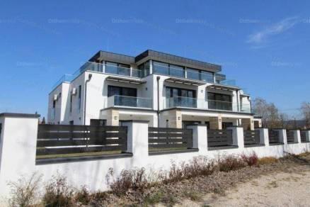 Keszthelyi új építésű lakás eladó, 215 négyzetméteres, 3 szobás