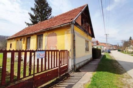 Bogácsi családi ház eladó, 70 négyzetméteres, 3 szobás