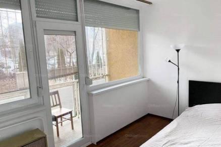 Budapesti lakás eladó, 64 négyzetméteres, 1+1 szobás