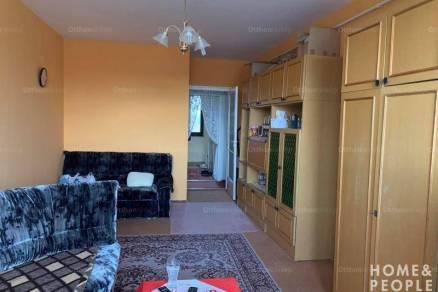 Kistelek 2+1 szobás lakás eladó