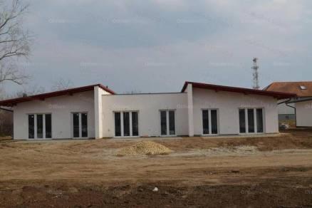 Szolnoki új építésű sorház eladó, 104 négyzetméteres, 4+1 szobás