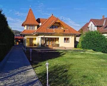 Balatonfüred családi ház eladó, 2+3 szobás