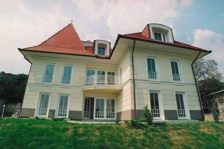Budapesti kiadó családi ház, 10 szobás, 700 négyzetméteres