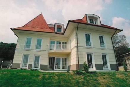 Kiadó családi ház Budapest, 10 szobás